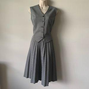 Vintage houndstooth pleated A line secretary skirt